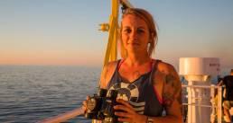 Seenotretterin Pia Klemp an Bord - Gaumont sichert sich Filmrechte an